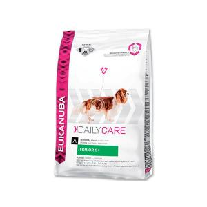 "Eukanuba Care Senior Plus 12 kg + ""Eukanuba Pelech"""